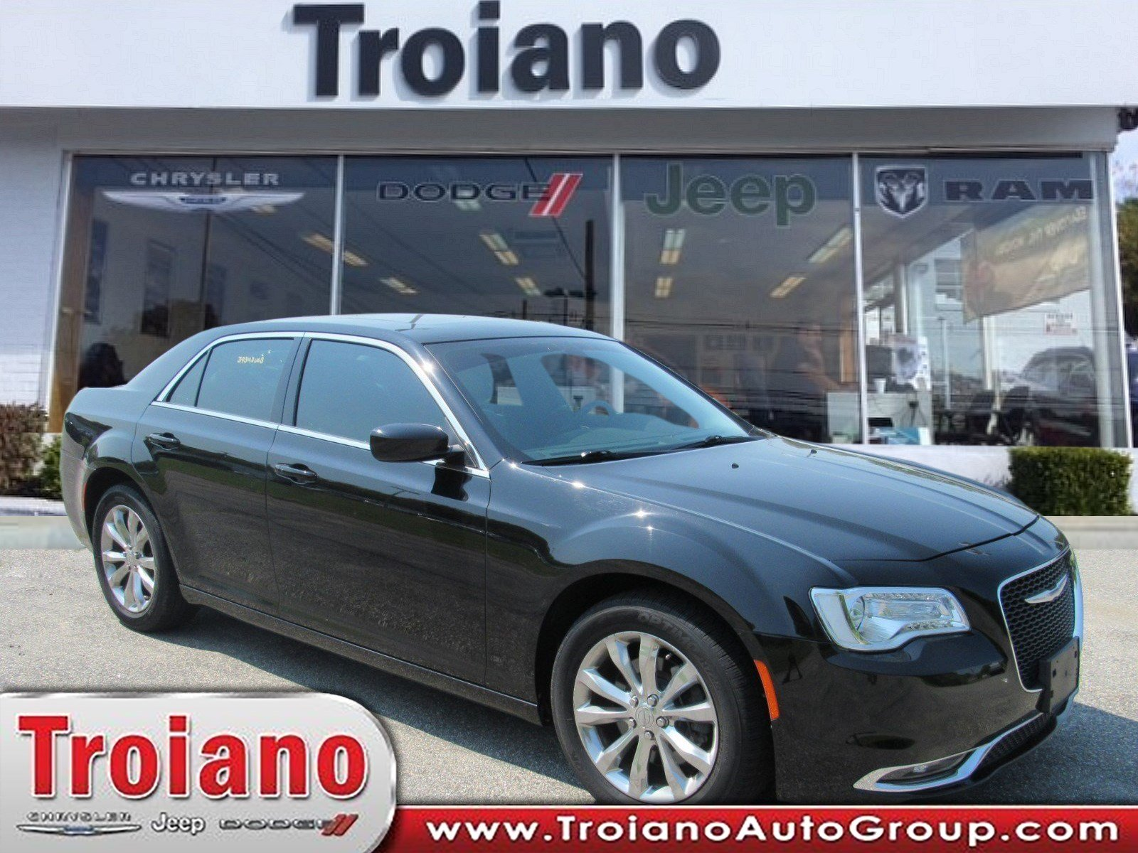 Pre Owned 2016 Chrysler 300 Limited