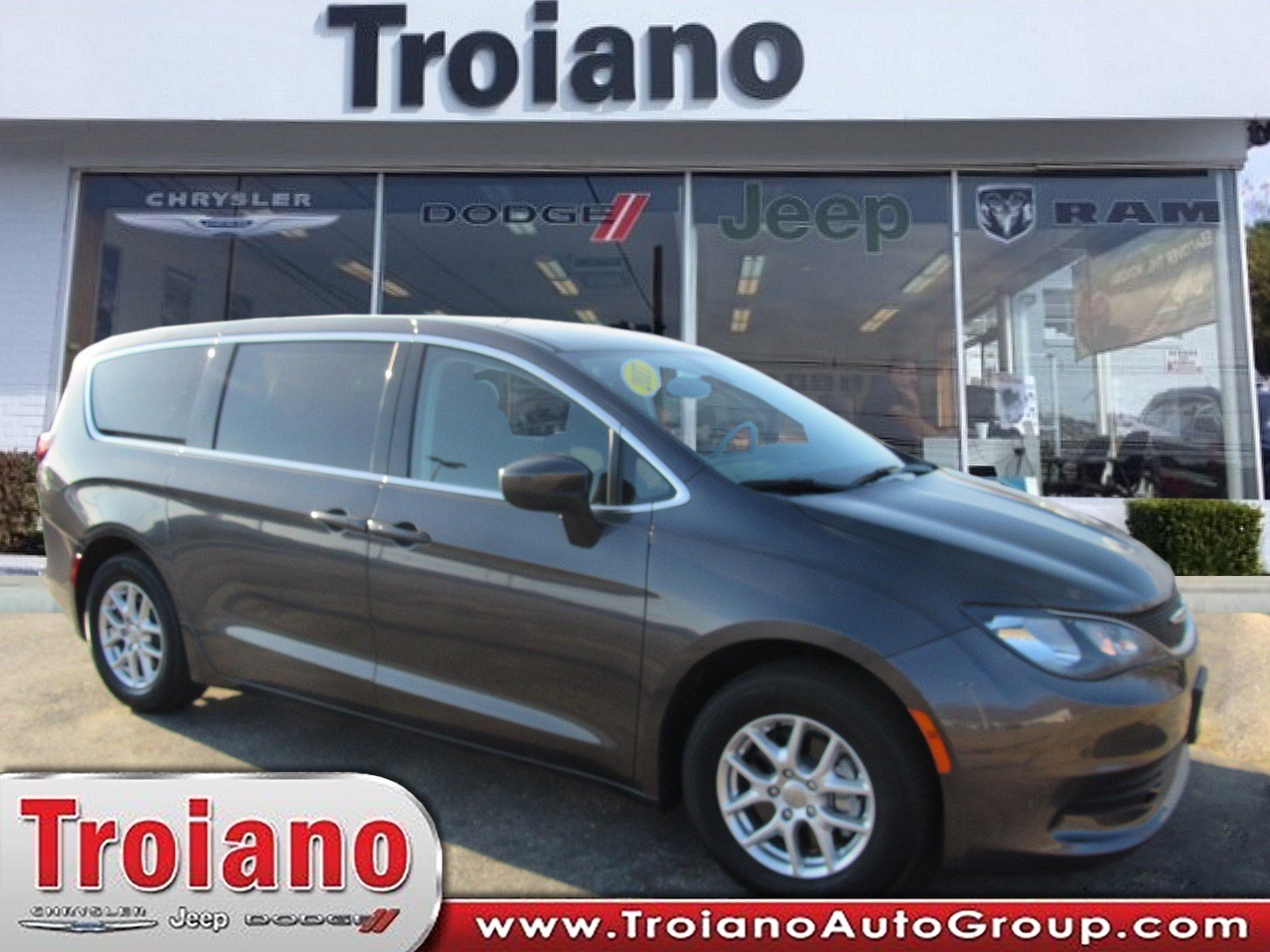 Certified Pre Owned 2017 Chrysler Pacifica Lx