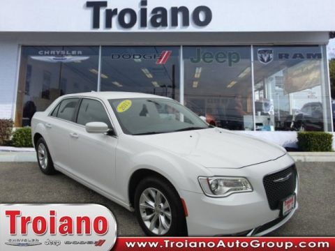 PRE-OWNED 2015 CHRYSLER 300 LIMITED WITH NAVIGATION