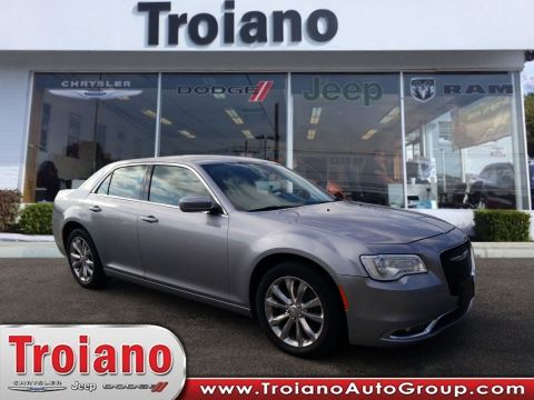 PRE-OWNED 2015 CHRYSLER 300 LIMITED WITH NAVIGATION & AWD