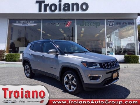 PRE-OWNED 2017 JEEP COMPASS LIMITED WITH NAVIGATION & 4WD